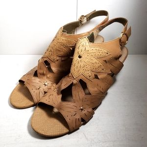 XOXO Sahara Brown Wedge Sandals